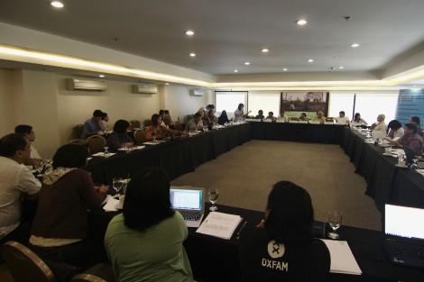 National and international aid groups, community leaders from Haiyan-affected areas, and key government officials hold a dialogue this week in Manila. (Photo by Vincent Go)